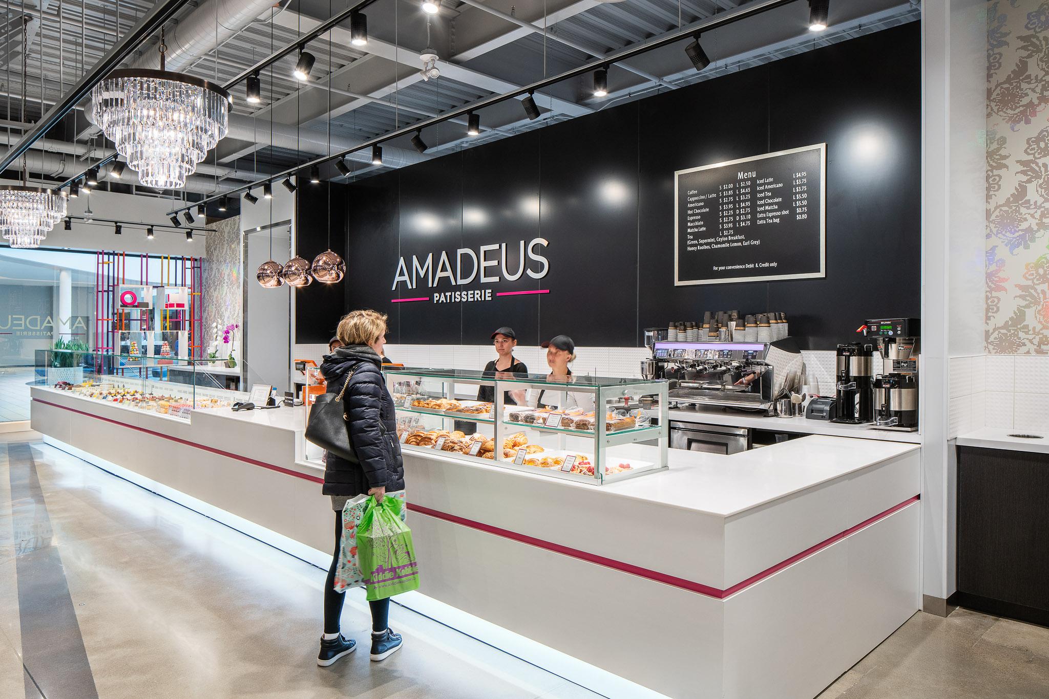 Amadeus 01 2048.jpg
