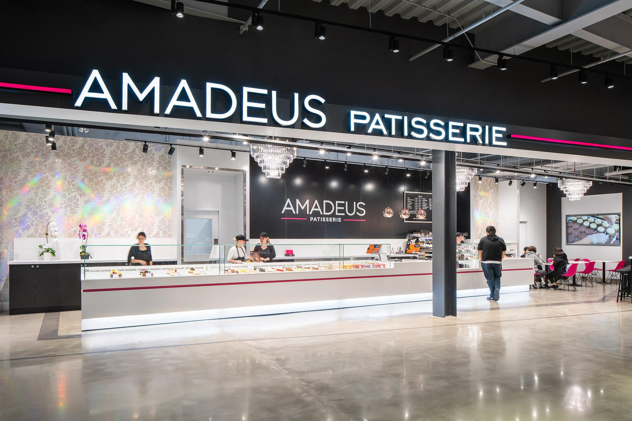 Amadeus 12 2048.jpg