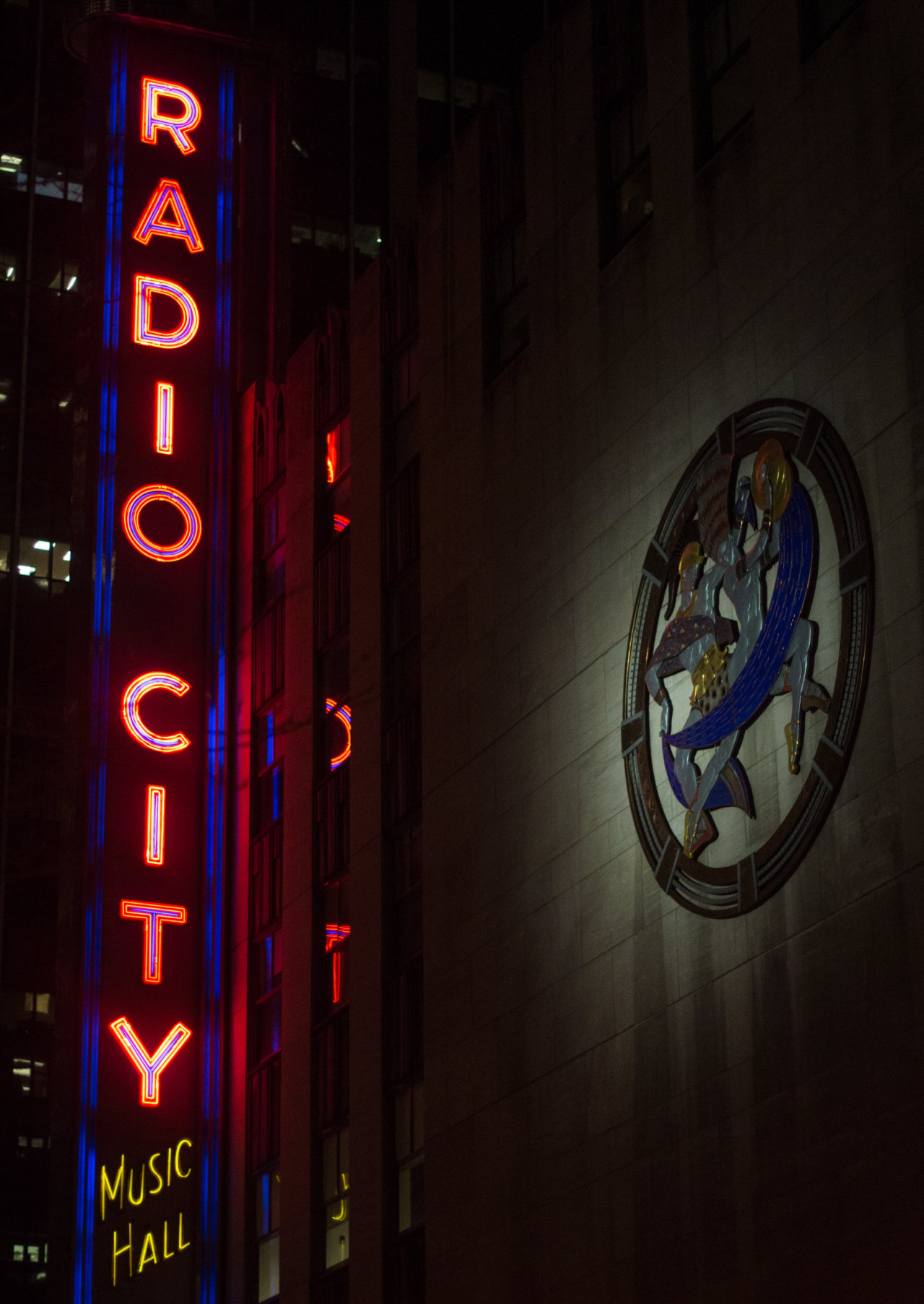 20. Radio City    www.willoharephotography.com