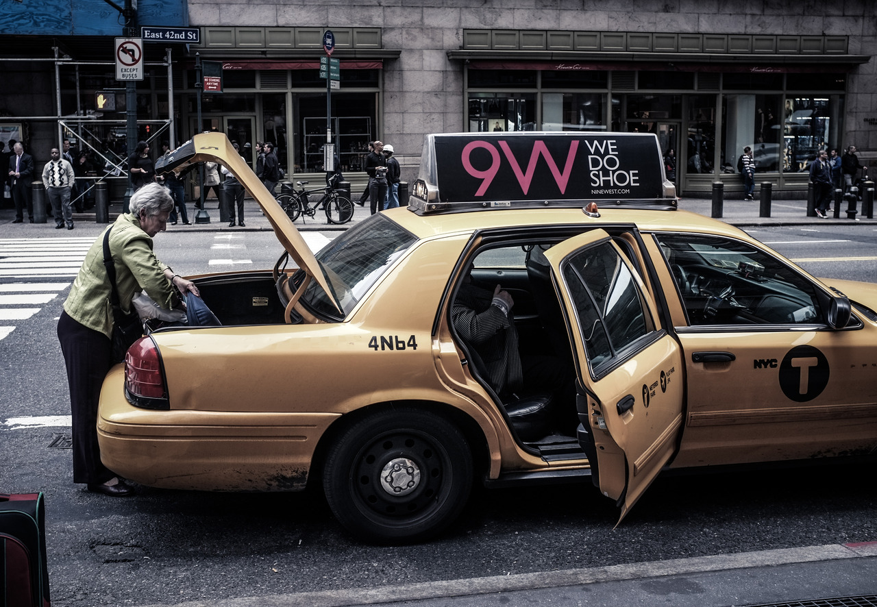 327 - Grand Central Taxi   #366project #Fujix100