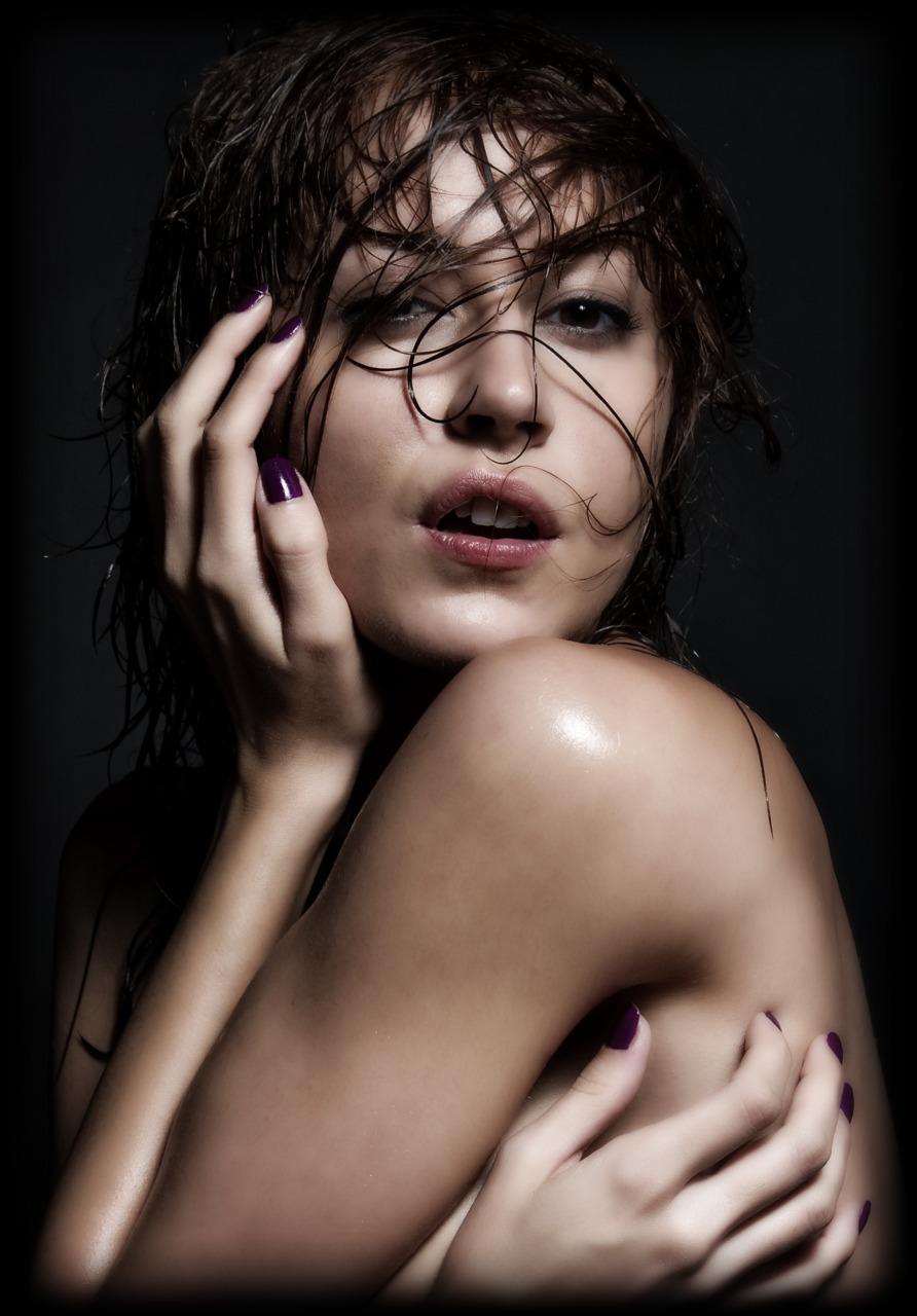 Desire   Model: Araina Nespiak    www.willoharephotography.com