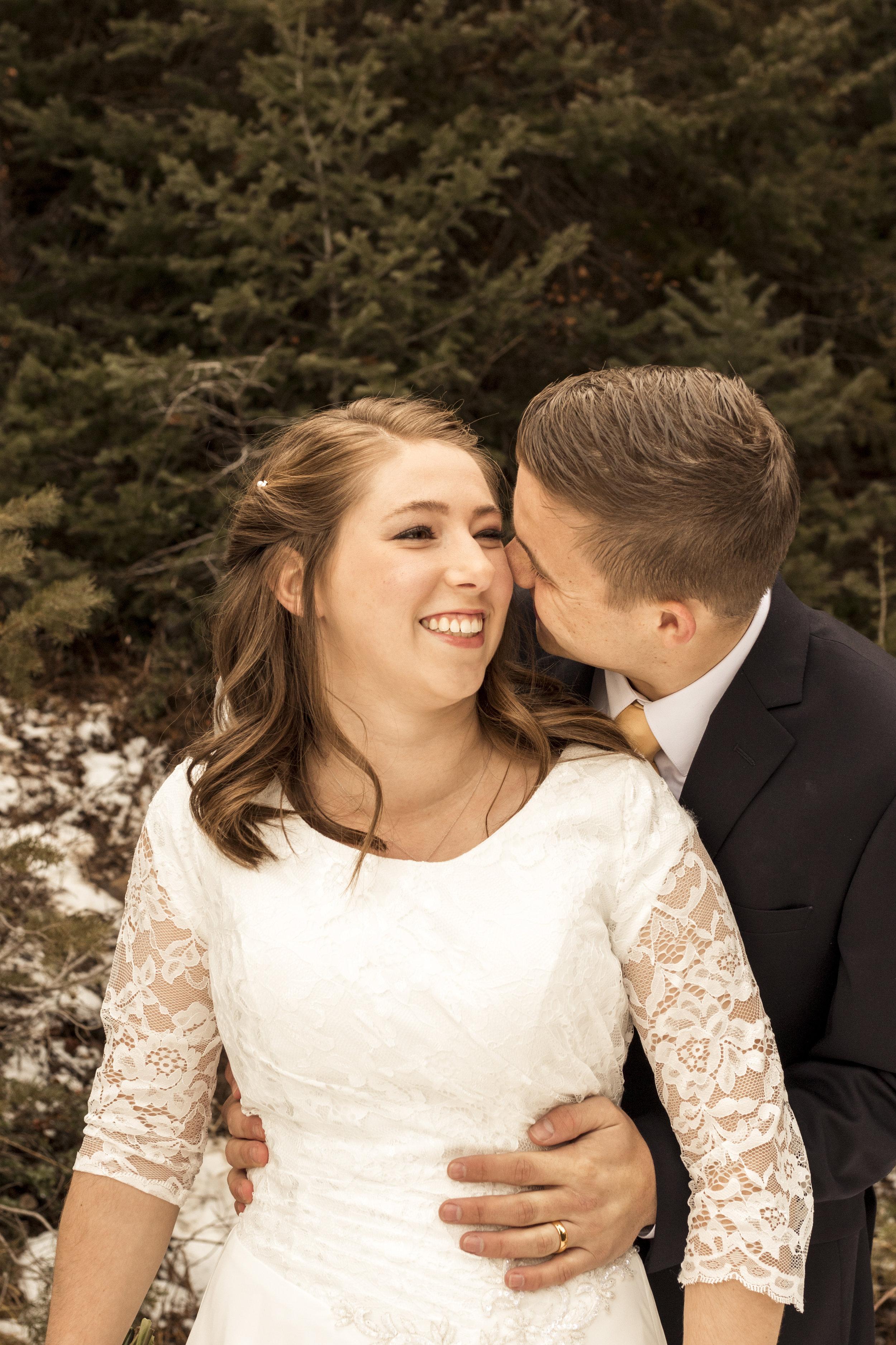 BBPhotoBig Cottonwood CanyonUtah Winter Wedding01.JPG