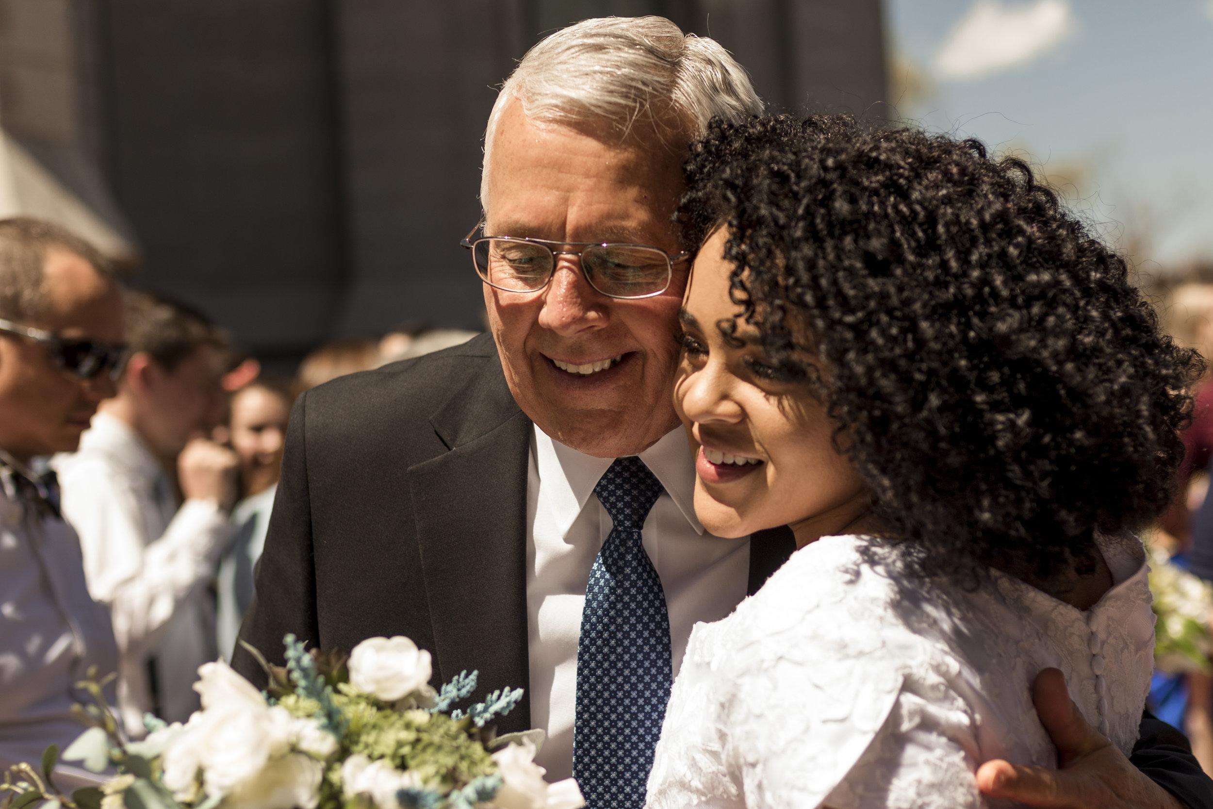 BBPhoto Utah Spring Wedding Salt Lake City Temple02.JPG