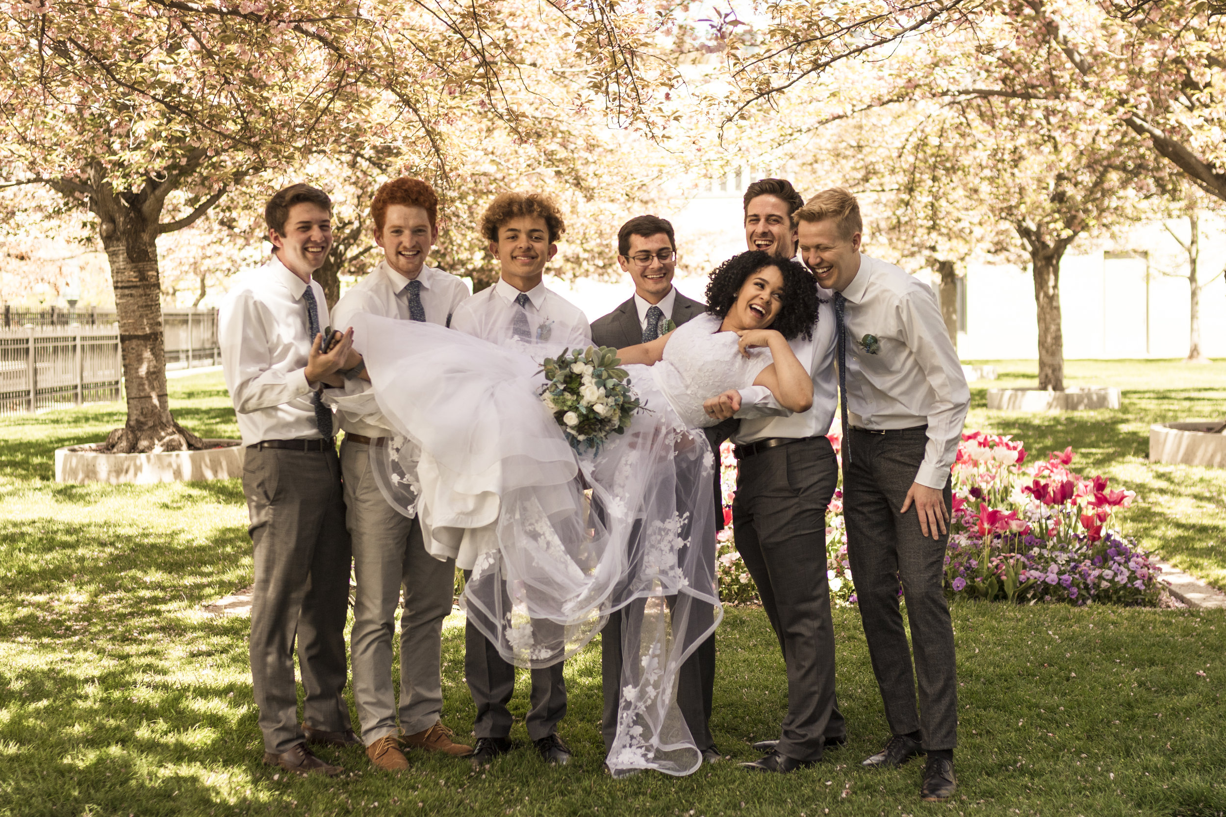 BBPhoto Utah Spring Wedding Salt Lake City Temple06.JPG