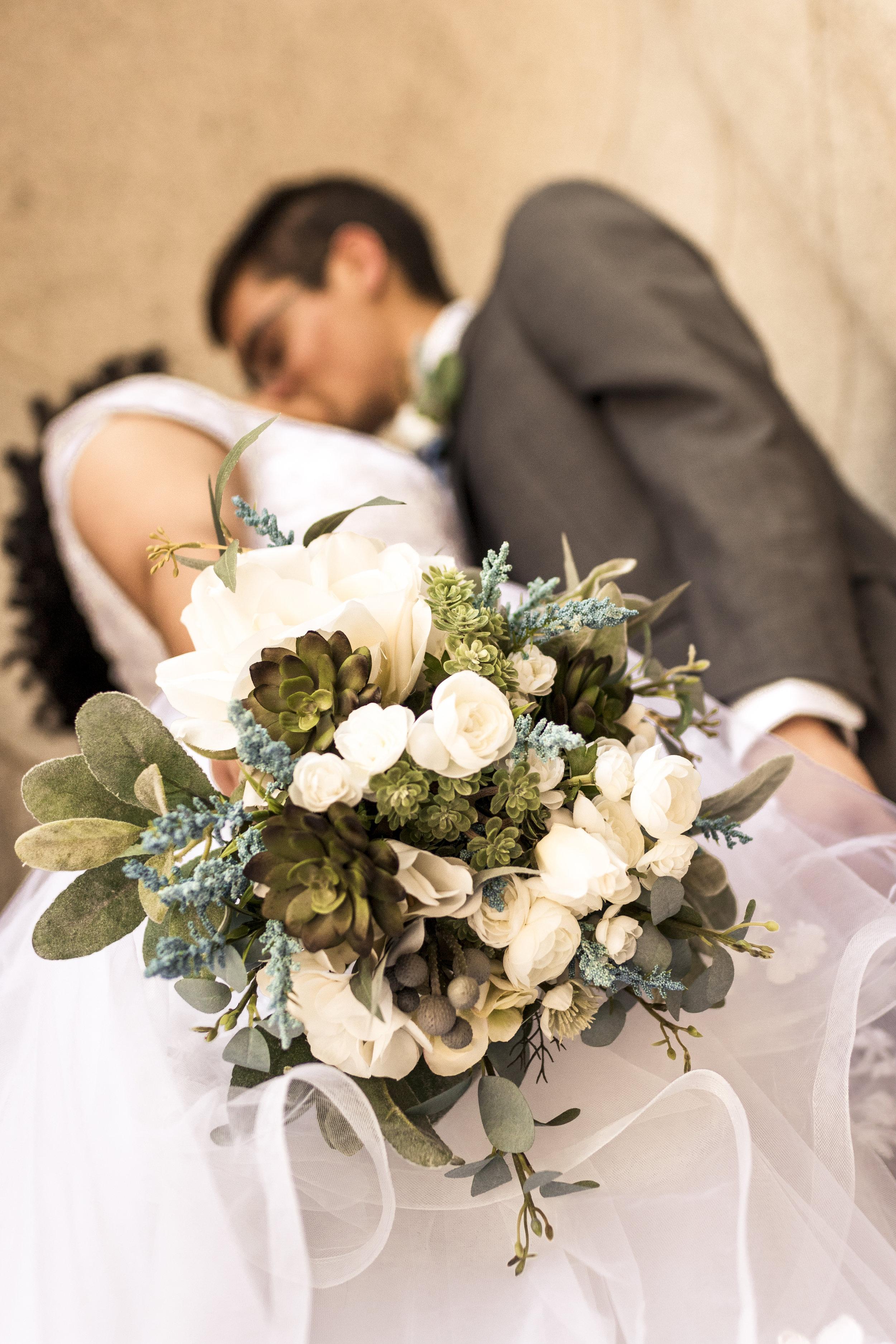 BBPhoto Utah Spring Wedding Salt Lake City Temple09.JPG
