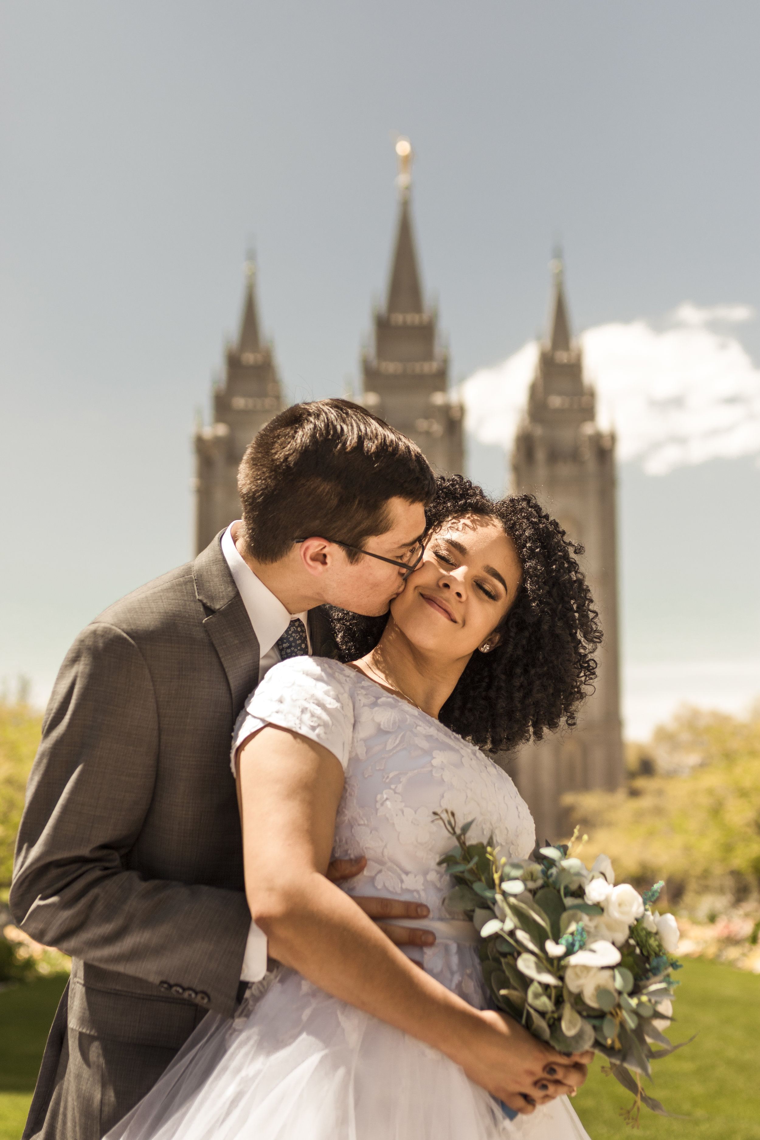 BBPhoto Utah Spring Wedding Salt Lake City Temple13.JPG