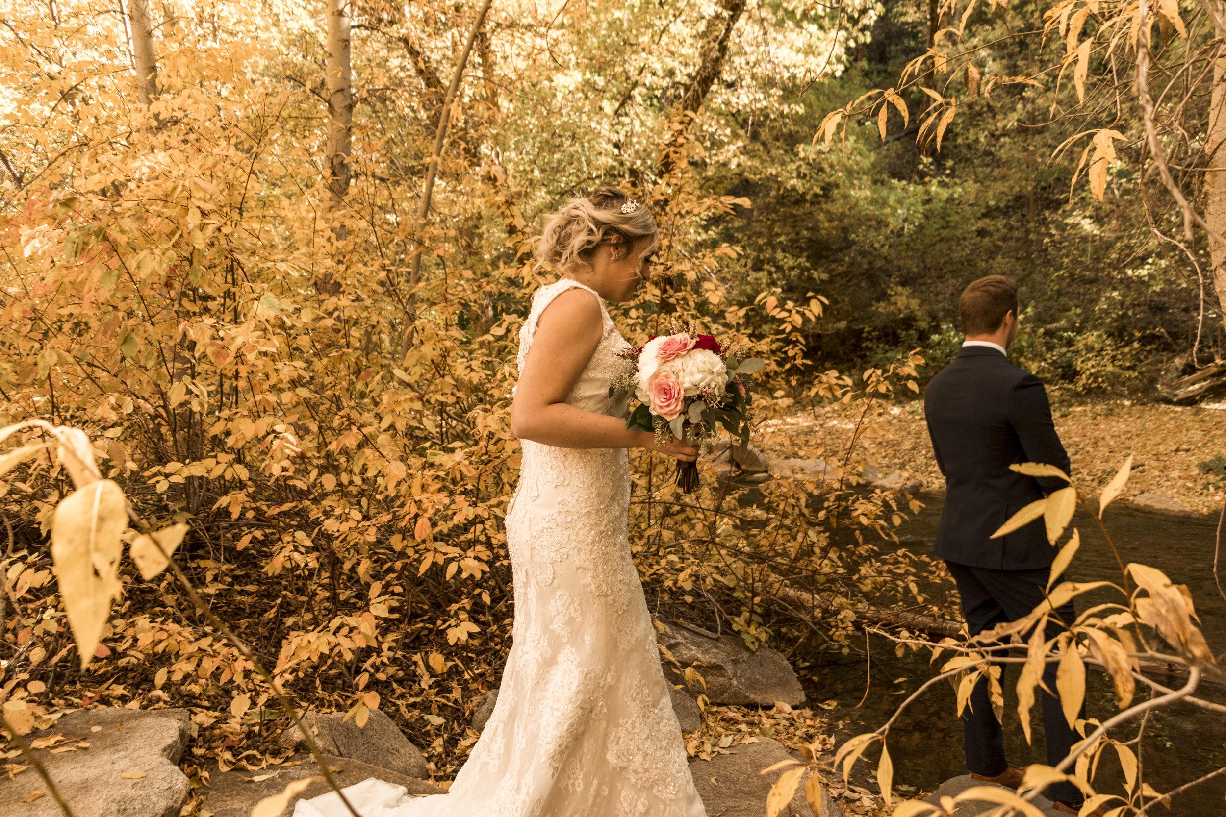 BBPhoto Utah Fall Wedding First Look Bridal Session02.JPG