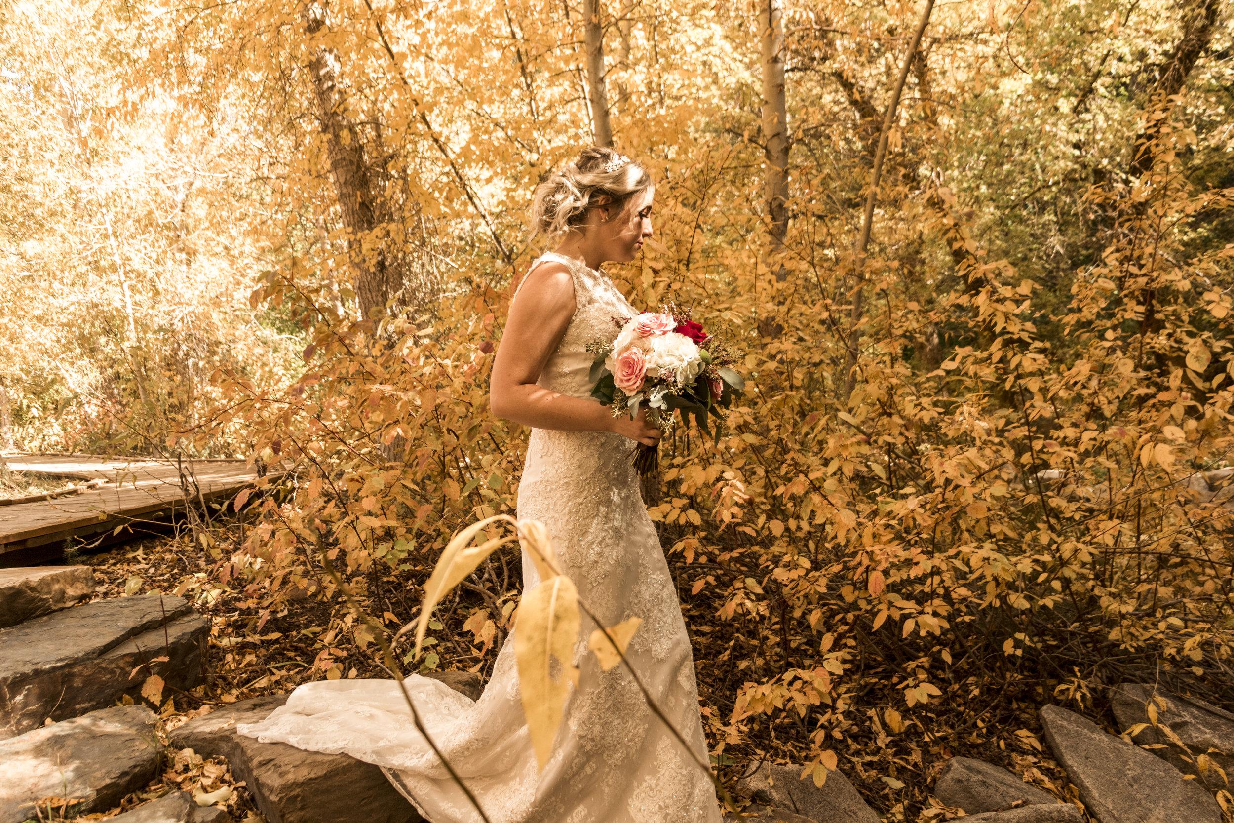 BBPhoto Utah Fall Wedding First Look Bridal Session01.JPG