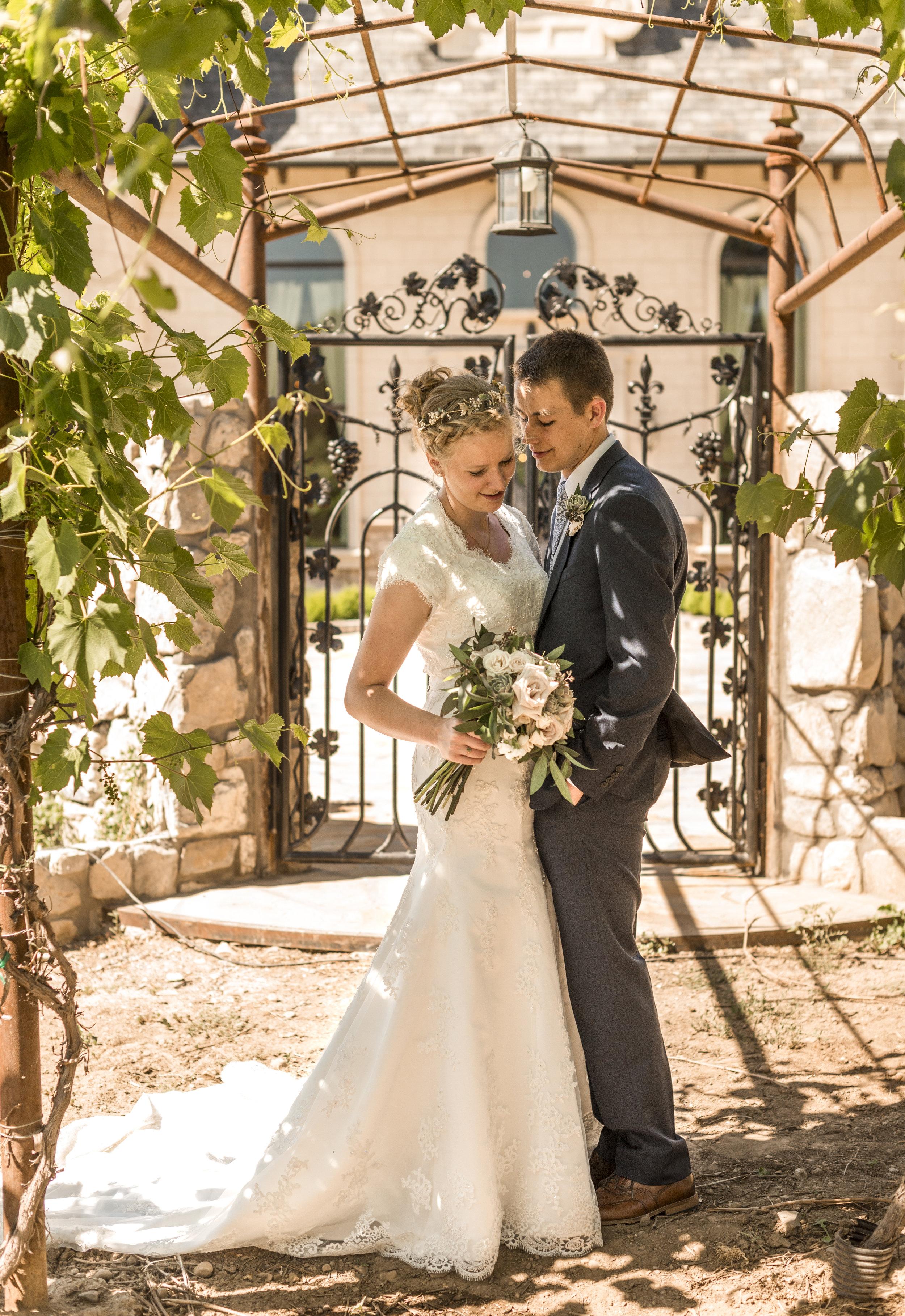 LDS Summer Wedding | Wadley Farm Lindon, Utah Wedding Photographer| Bri Bergman Photography 04.JPG