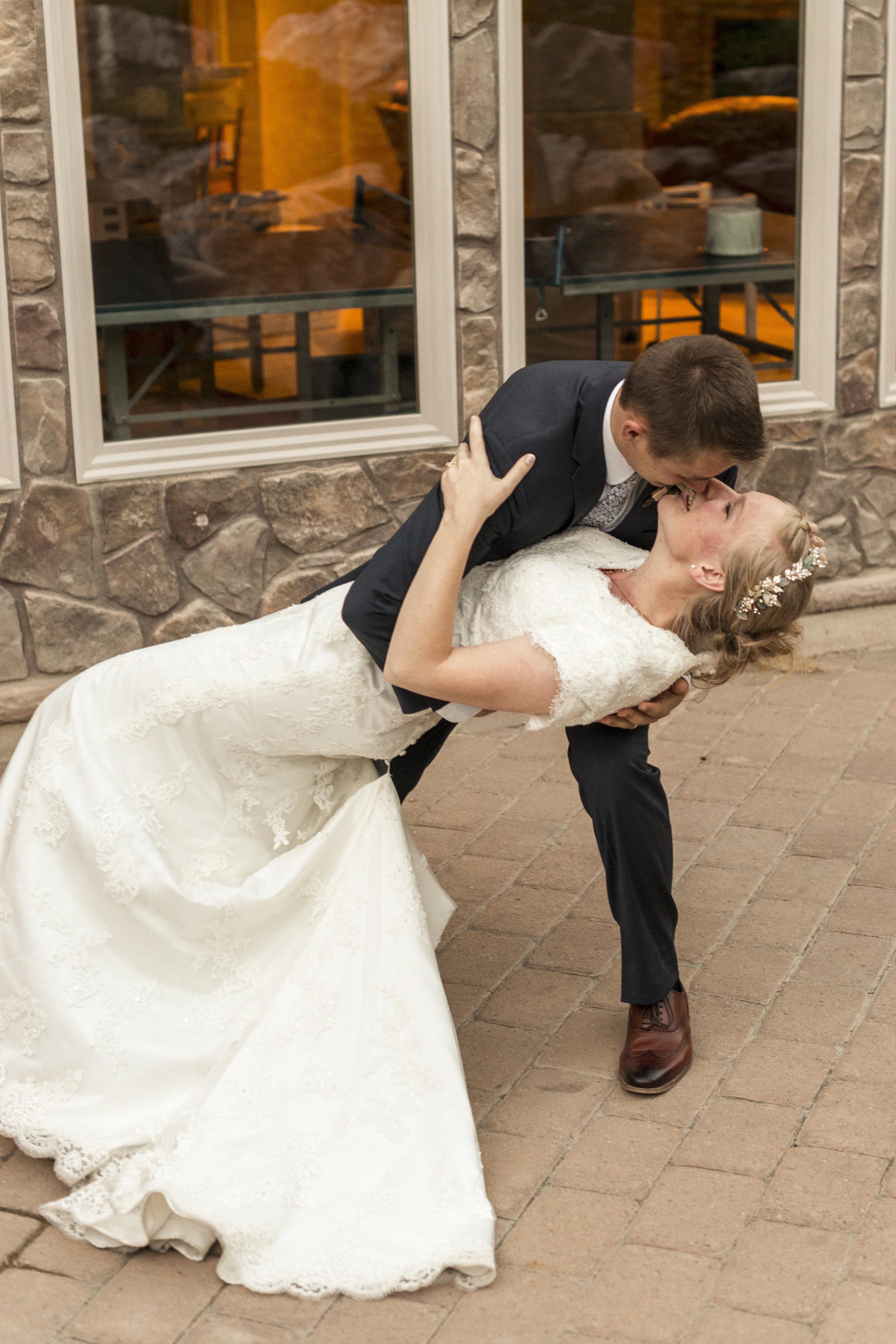LDS Summer Wedding | South Jordan, Utah Wedding Photographer| Bri Bergman Photography 33.JPG