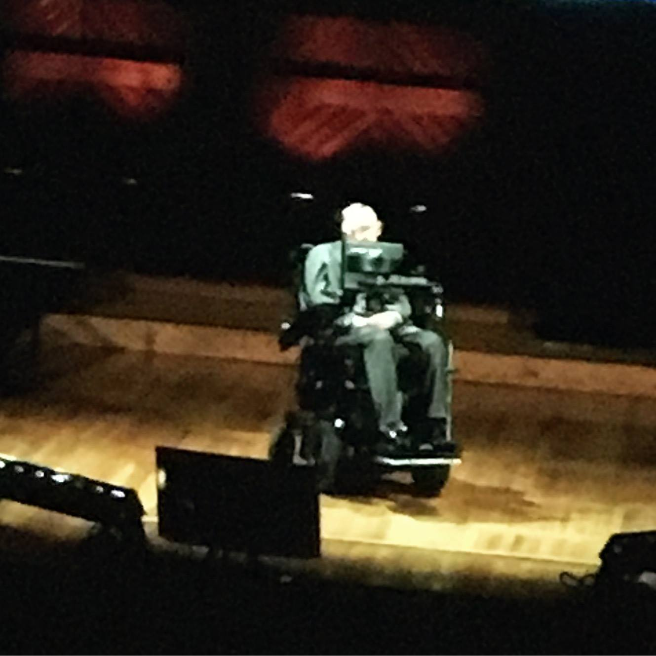 Stephen Hawking @ Cambridge, MA - While I attended Hive at Harvard, I got the opportunity to watch a talk on black holes given by Professor Stephen Hawking from Cambridge University.