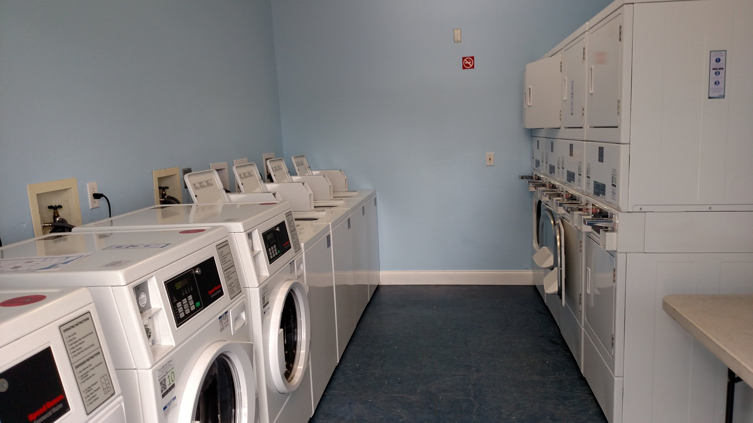 new laundry room.jpg