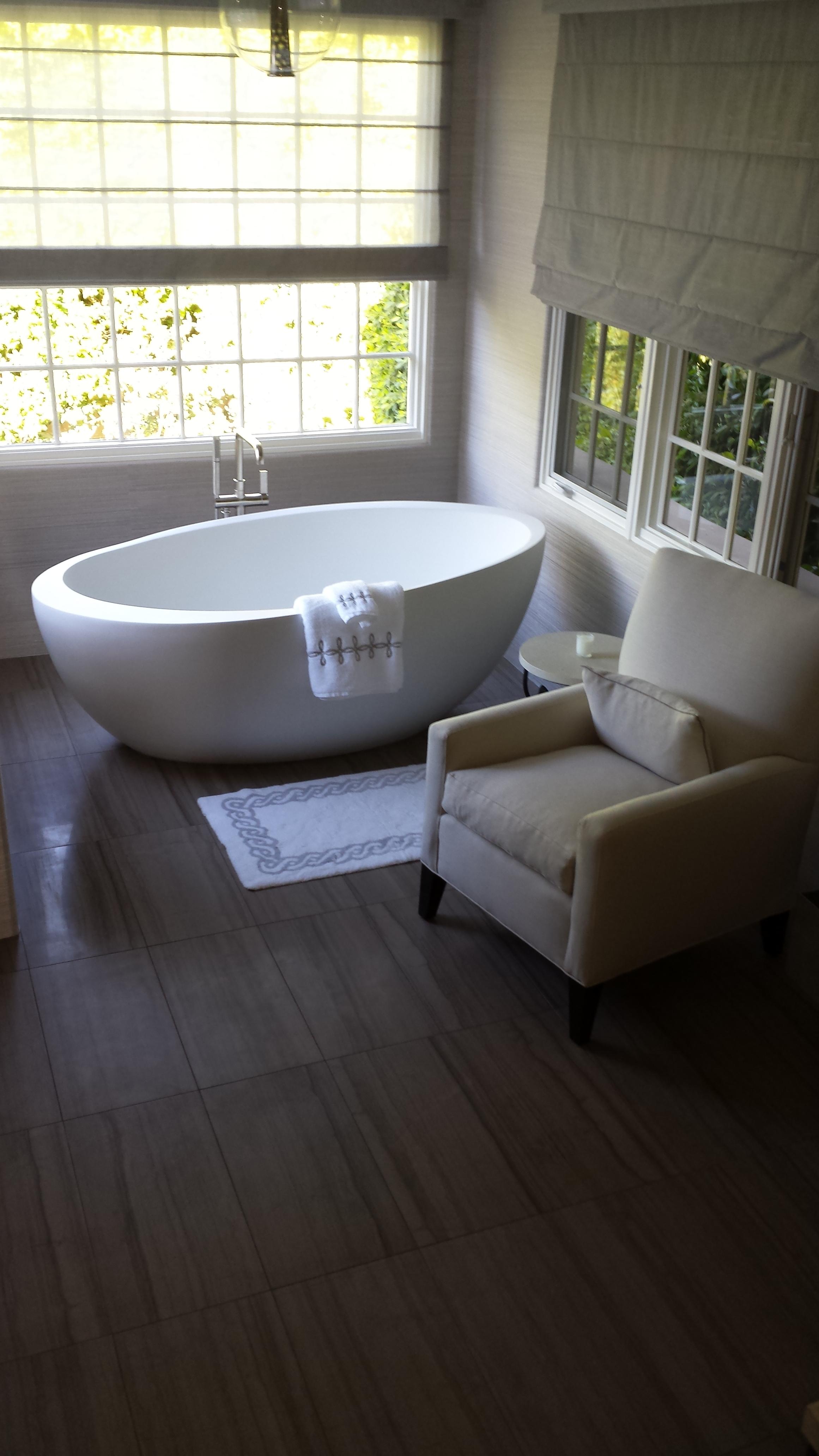 Modern Comfort Bath.jpg