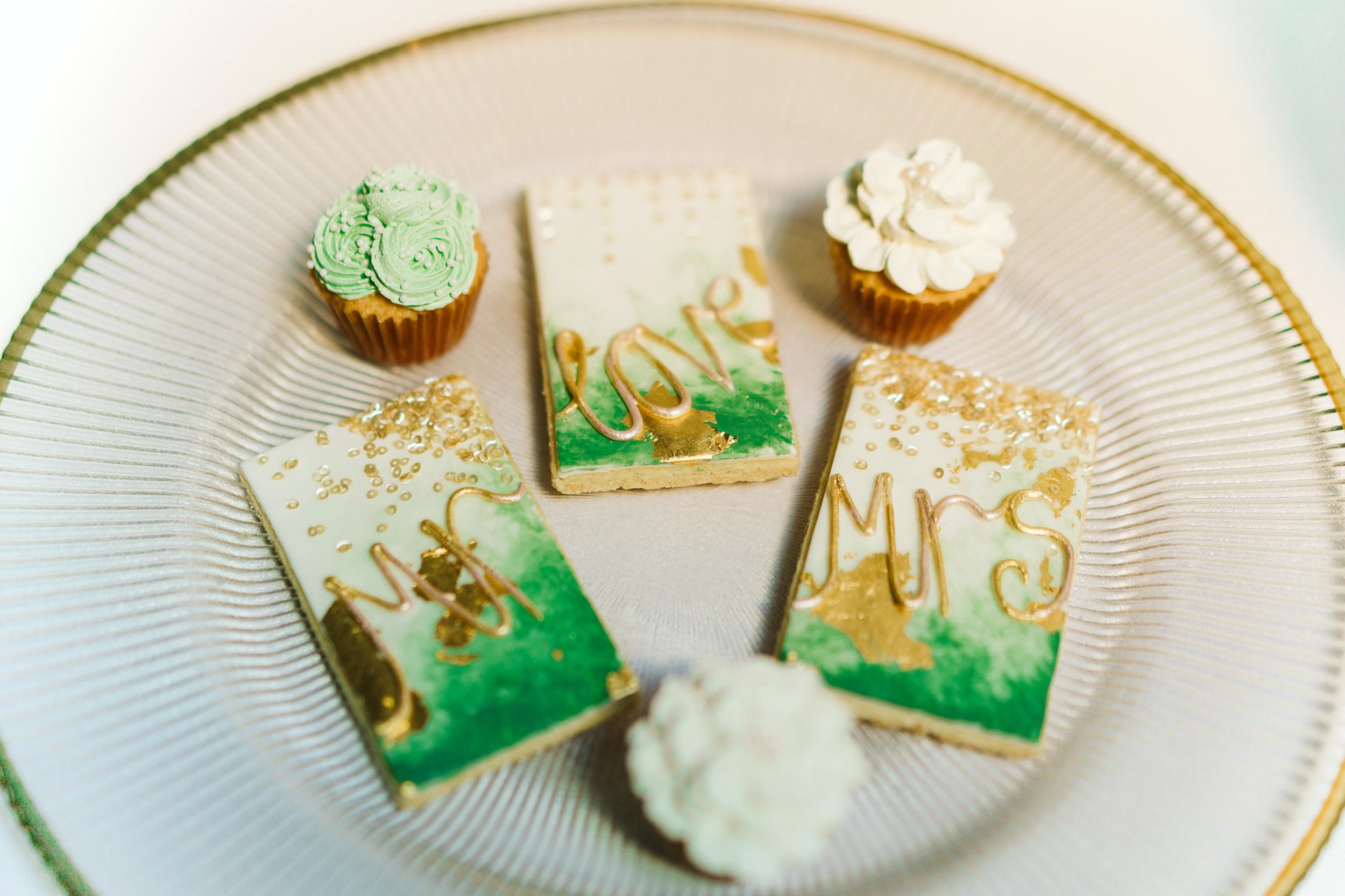 wedding-cookies-the-barn-avington-hampshire.jpg