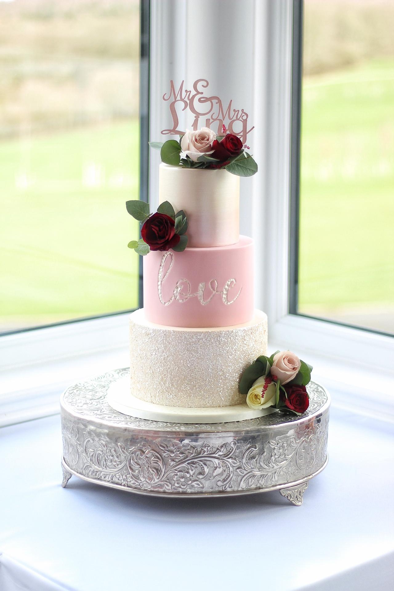 wedding-cake-hampshire-skylark.JPG