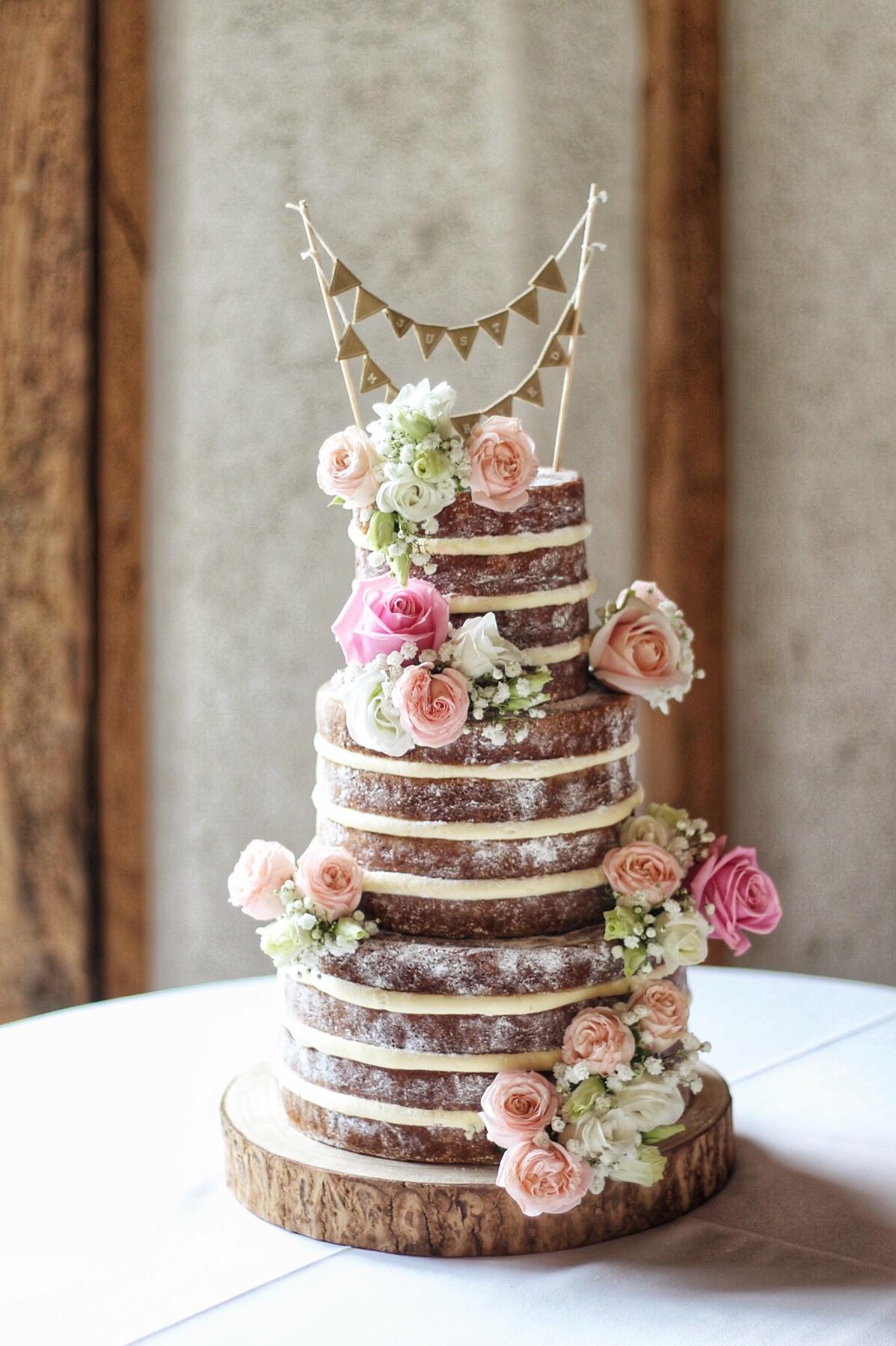 Naked-wedding-cake-SouthendBarns-Chichester.jpg