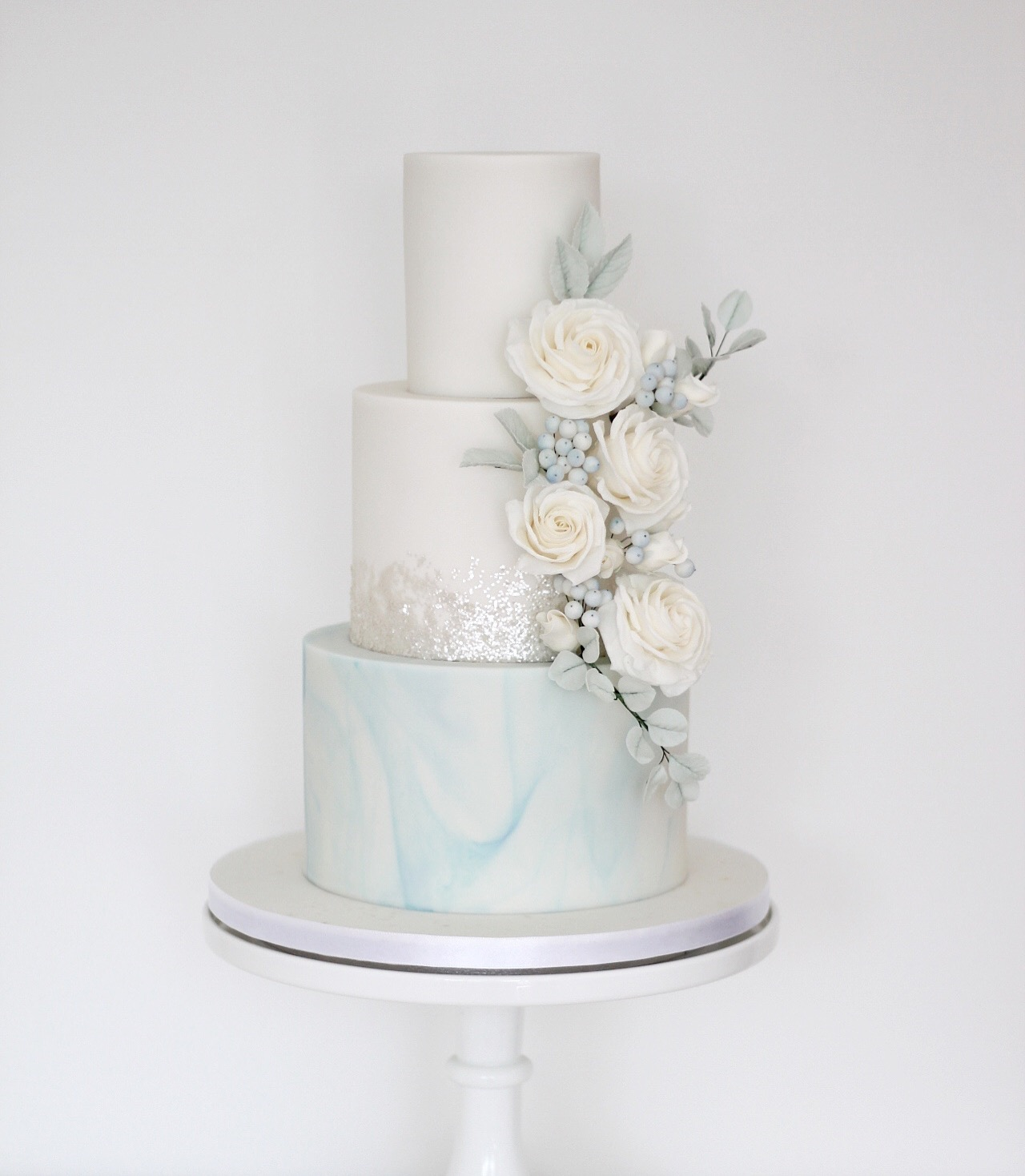 Pale-blue-marble-wedding-cake.JPG