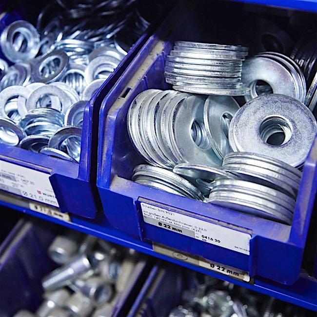 Suministro de piezas de recambio - Procuramos todas las piezas de recambio requeridas para su escenario.