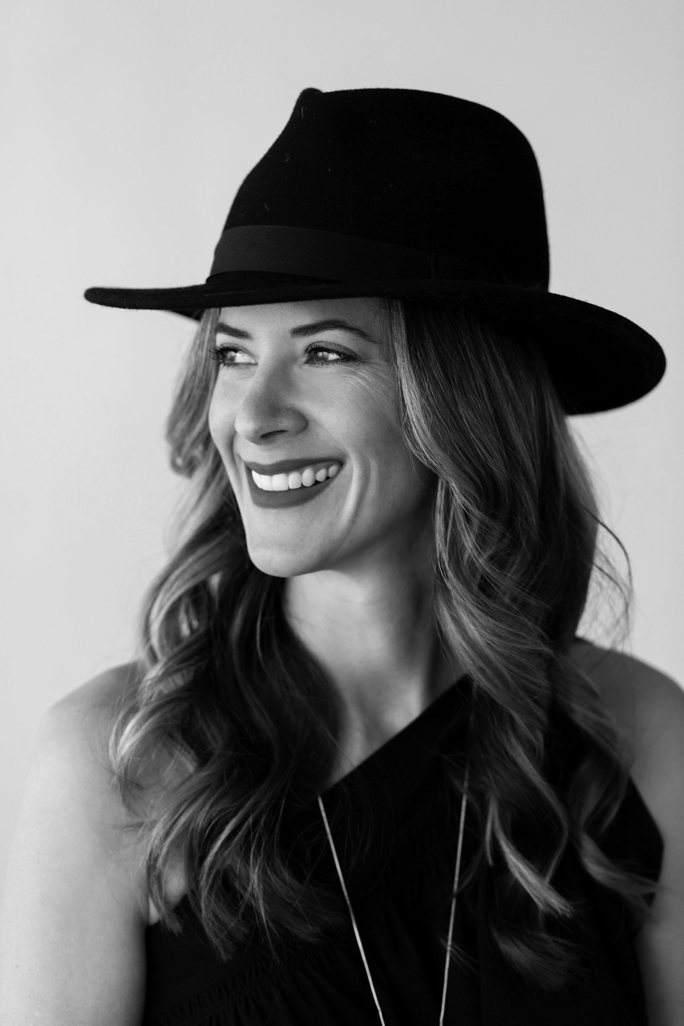 Kate-Wilkonson-2019-1042-RT_bw.jpg