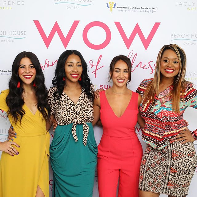 When people say women don't support women I can only help but to think maybe they aren't connecting or cultivating their soulful community. • • The first ever @womenofwellnesssummit was a sold out summit! I couldn't believe it and the feedback has been amazing. Women NEED this support, and conversation. We're craving answers our doctors don't always give. I'm happy that purpose led me to these women, and I was able to execute this day with my woman crushes. • • We're 4 women in wellness, creating space for the modern day woman and making it look sexy at that. It's amazing what you can do when you power together to serve. We've all been on our own healing journey for a while but the thing about healing and wisdom is that when you learn something you know the world needs, you turn around and pull another sister up. • • My hope is that you create the healing journey that's needed for you. Invest in yourself and don't put your health on the back burner any longer. Often, we take care of everyone but ourselves. When i had a health coach, I scheduled our time like i did for work and the gym. It's that important! Invest in yourself, your nutrition your wellbeing. Learn how to let the trendy dieting go and walk into more sustained eating and living habits. Create your wellness vision and wife that baby right up. • • If you've desired a change i invite you to book a 15 minute Wellness consultation with me. My 3 month program focuses on helping women achieve optimal health through balances hormones and nutrition. We'll create your wellness vision, and literally be best friends for the next 3 months. I'm here for your glow up, and here to share my wisdom with you! • • Click the link in my bio to book! Or download your free hormonal balance PDF💕 - #healthcoach #holistichealth #modernwomen #wowsummitdetroit #detroitmichigan #babesonamission #WOW #womenofwellness