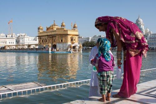 wellness+bridge+retreat+to+india.jpg