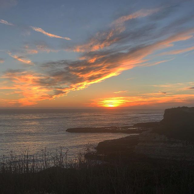 Self care is something that often gets put aside. It is important to remember that without pouring into yourself, you will have nothing left to give to others. My self care today was a sunset 🏃♀️ What do you do to recharge? #selfcare  #selflove #moveyourbody #santacruzmassage #scheduleamassagetoday #massage #californiasunset