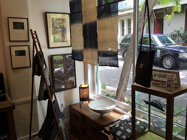 Textiles, prints and other decorative arts 30% off. Sayonara sale on until Sunday 12th of March 11am - 5pm. Suite 2, 28/30 Surrey Street, Darlinghurst