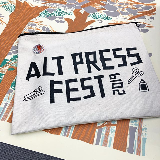 Alt Press Fest is going on at the SLC downtown library until 5! Come and look all the cool things people made. Also I'll have a table. #altpressfest #larsloveletters #supportlocal #whatelseareyoudoingtodayanyway