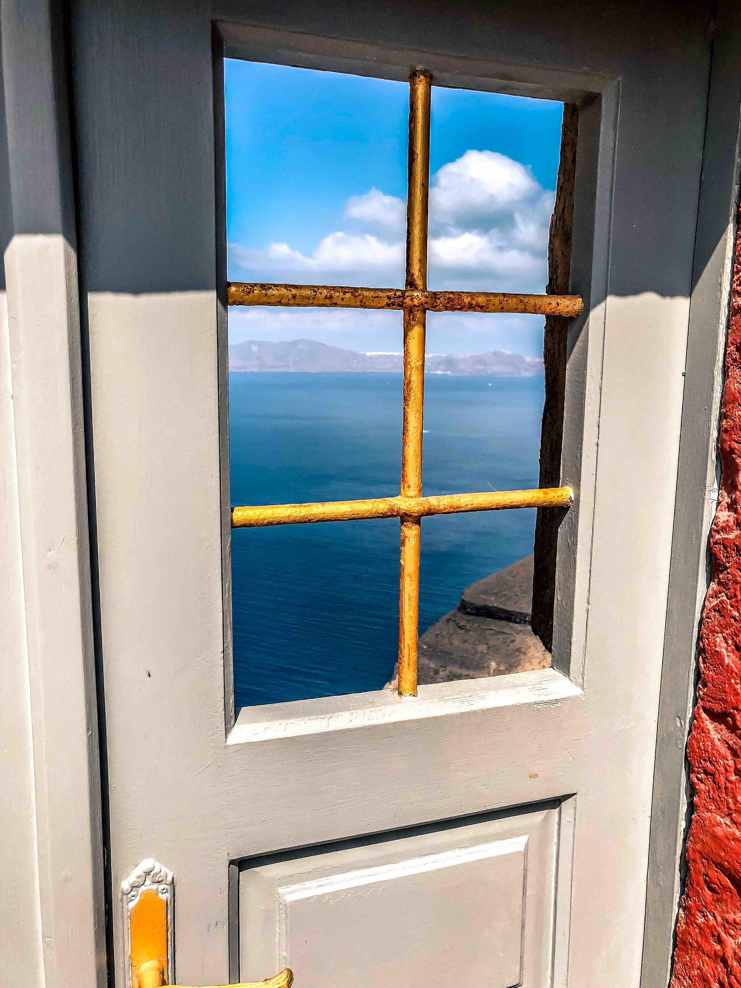 Santorini-8.jpg