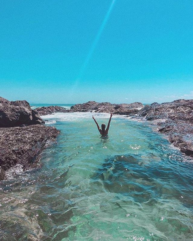 Hands in the air if you wish you were there ☝🏼 🙌🏼 @goldcoast @destinationgoldcoast @queensland @goldcoastonly // 📷 @lemosmarii