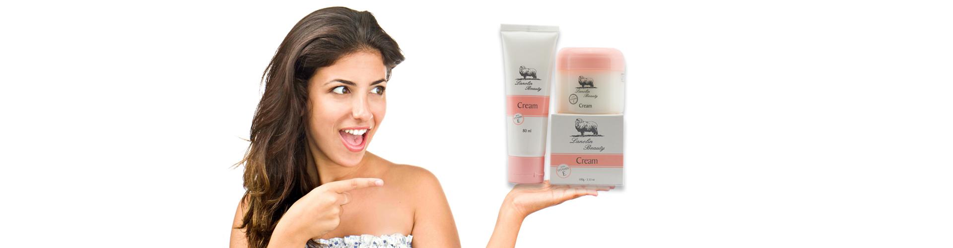 cream-on-girls-hand.jpg