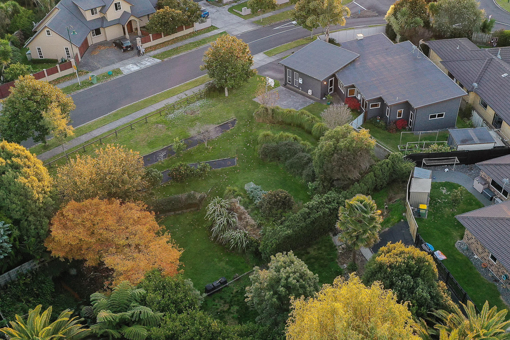 Photo Package 1:    Daytime + Aerial photos  $275 per property