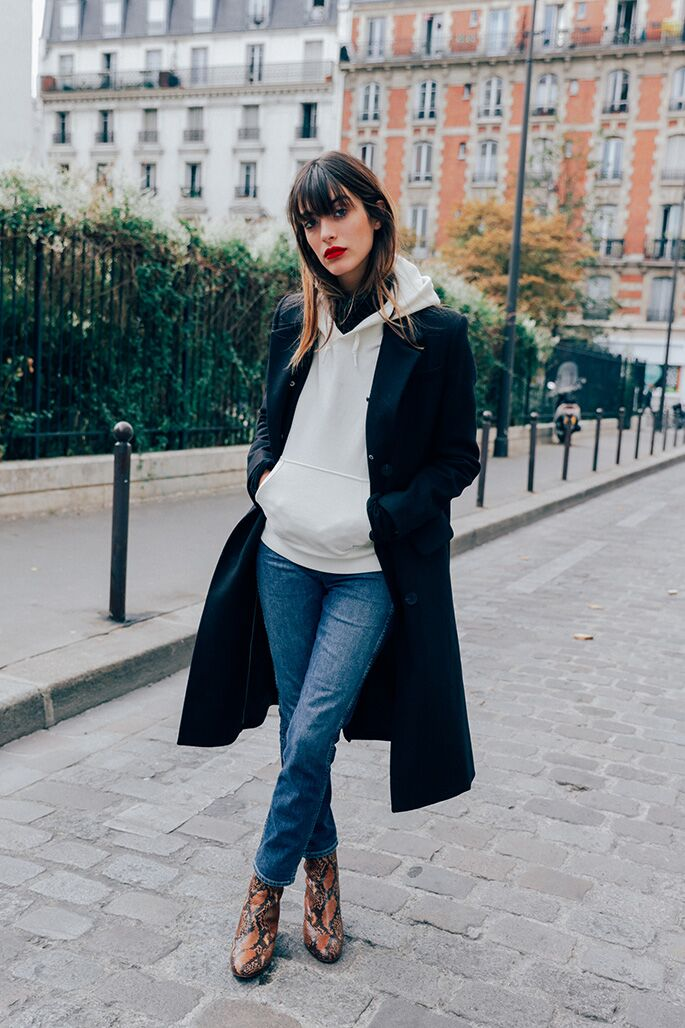 how to dress in paris