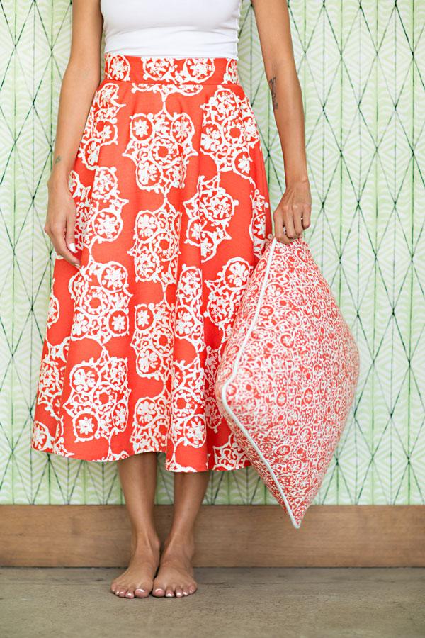 ROZELLA - MELON (skirt)  ZINNIA - MELON (cushion)  BAILIWICK - AGAVE (wall covering)