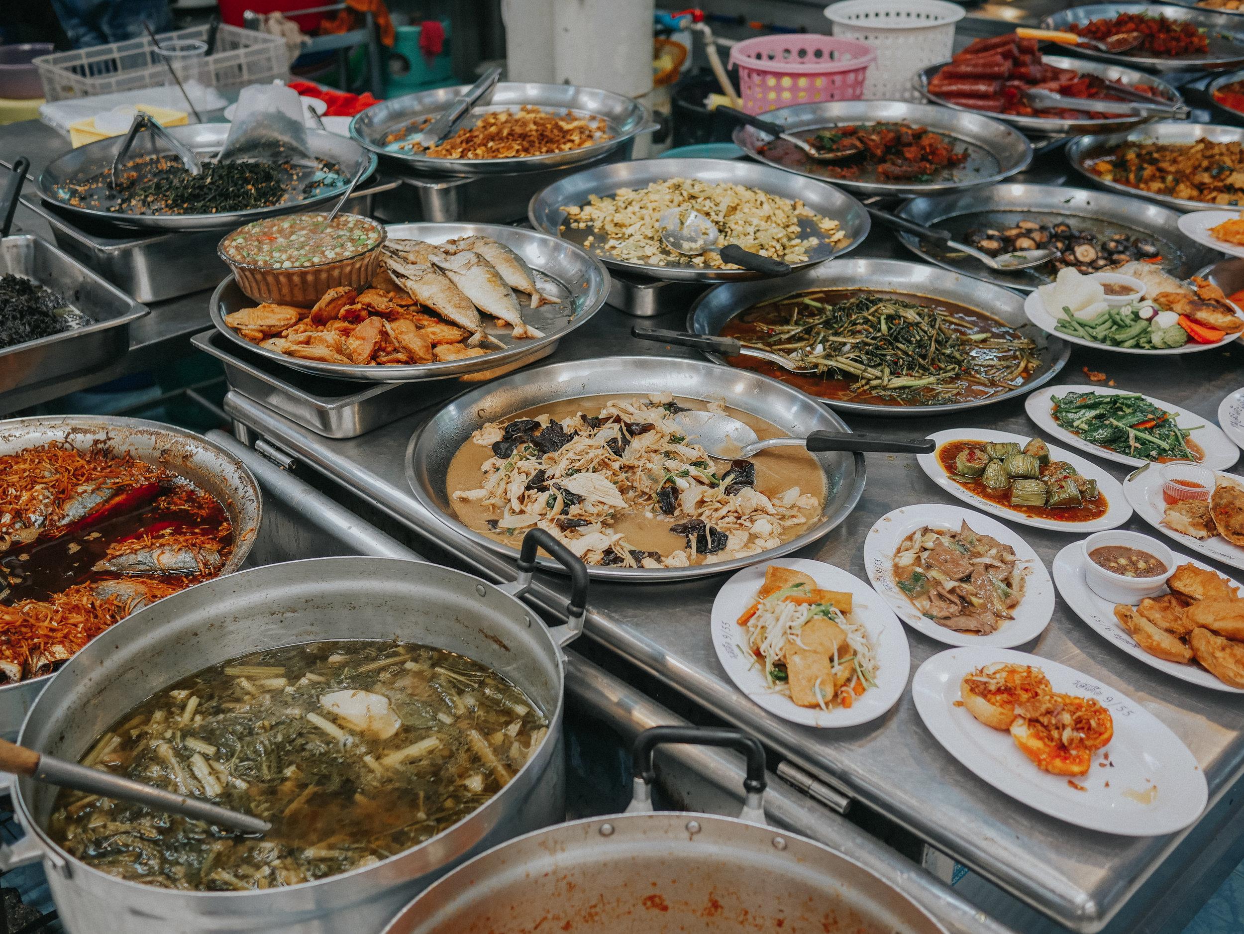 Veggies, seafood, curries… my heaven.