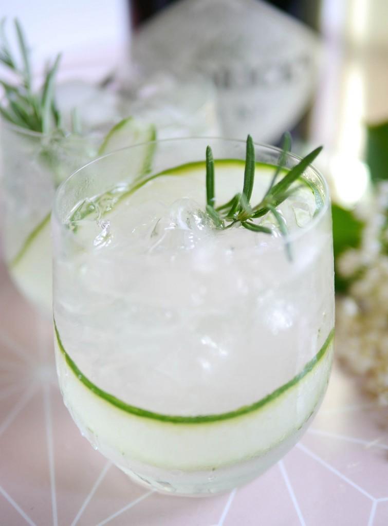 Homemade-Elderflower-Cordial-and-Cockatil-755x1024.jpg