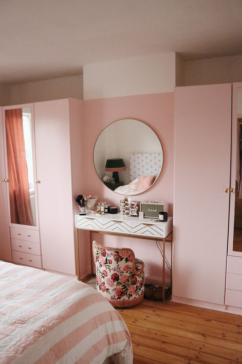 Wardrobe Pink Bedroom.jpg