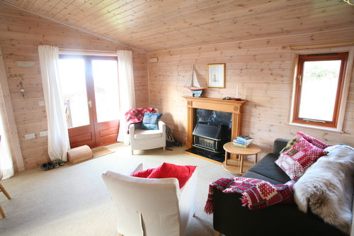 Cabin+lounge.jpeg