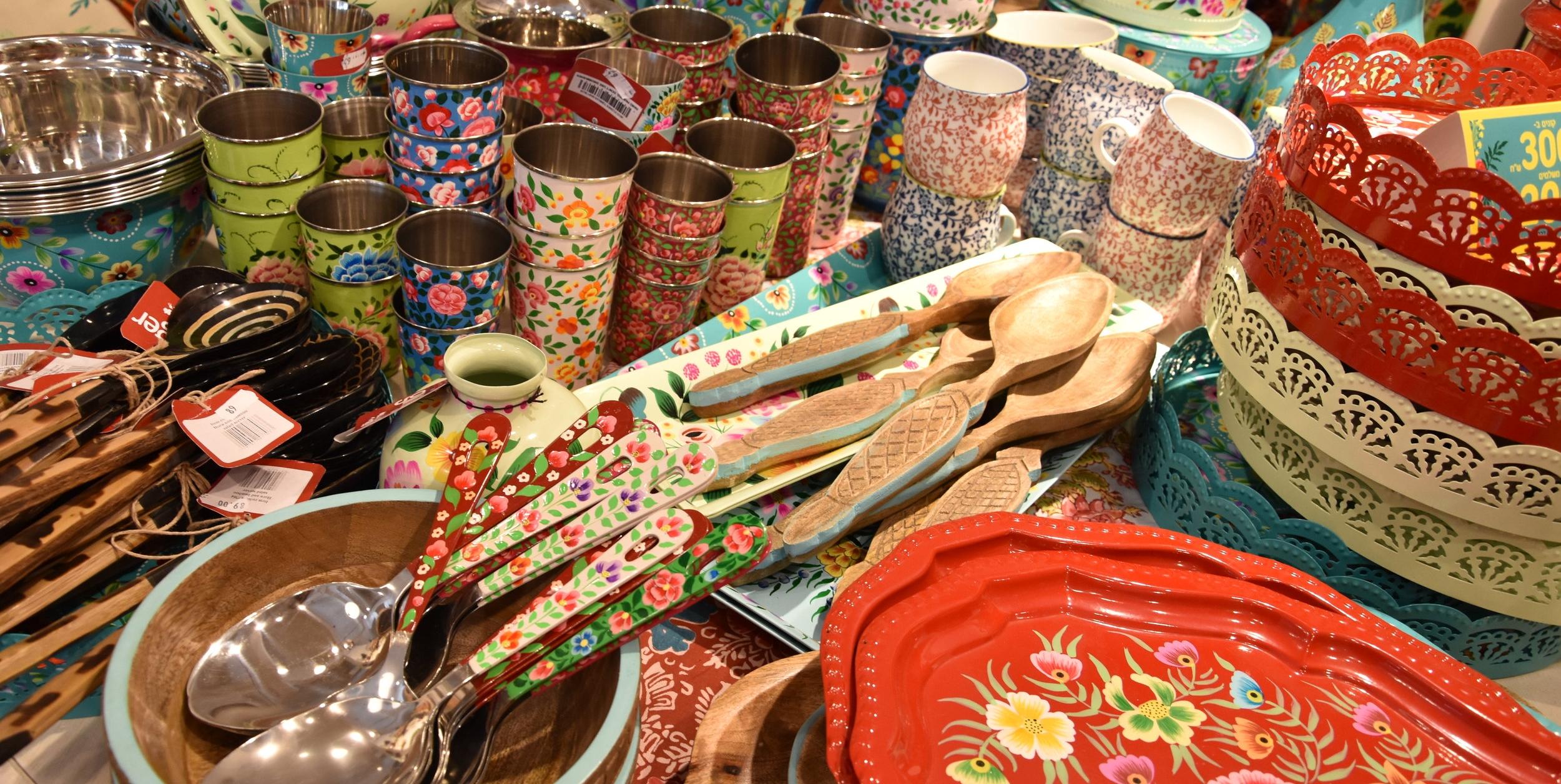 shopping- neve-tzedek-colour