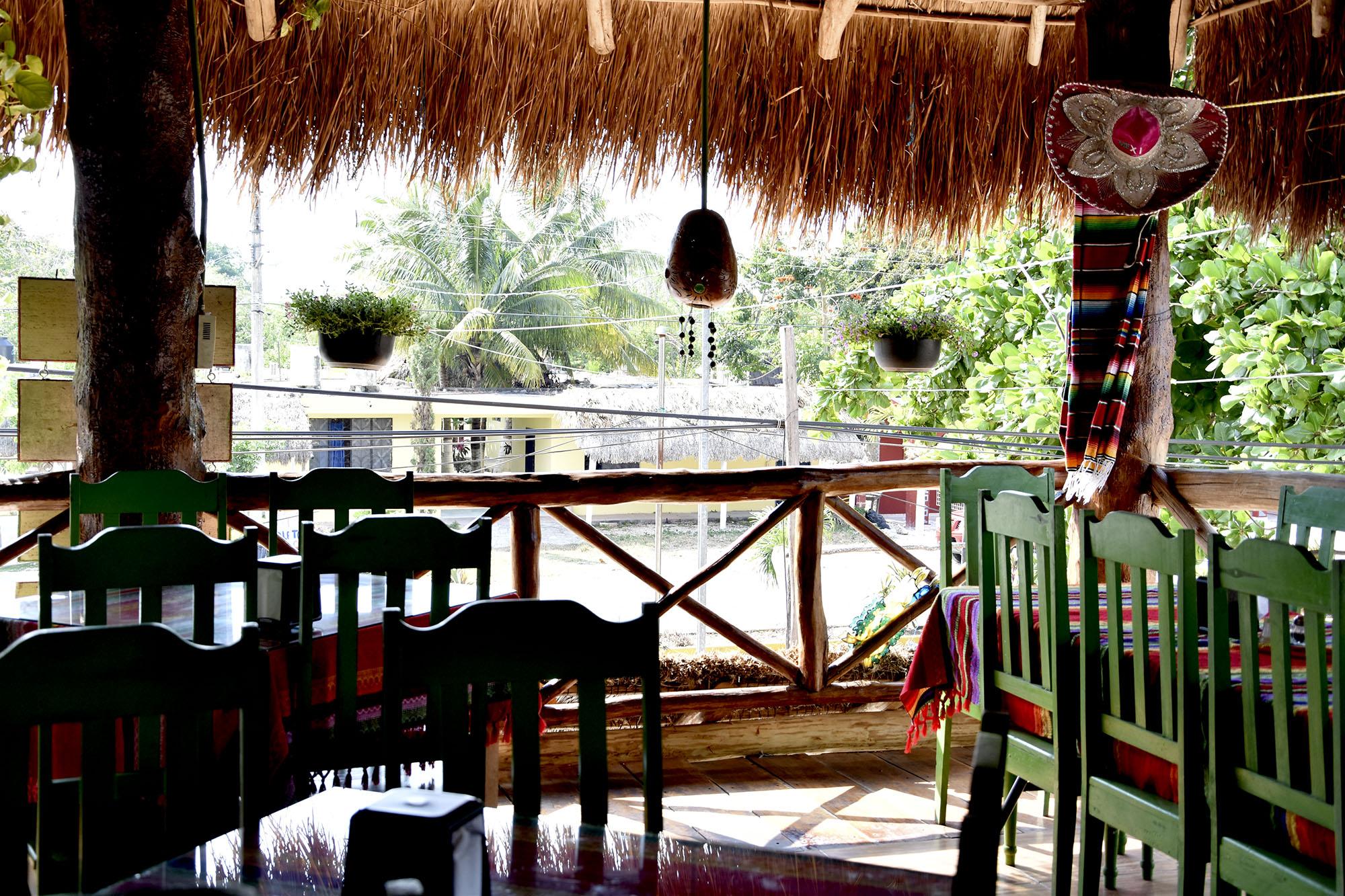 Mexico-restaurant-travel