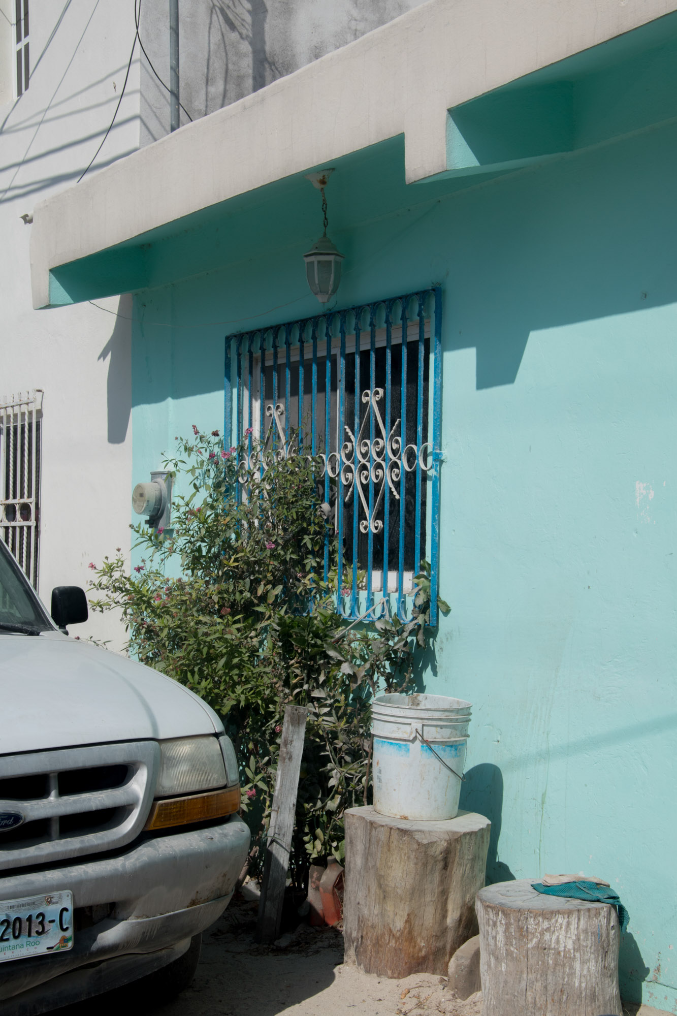 turquoise-walls-holbox-pretty