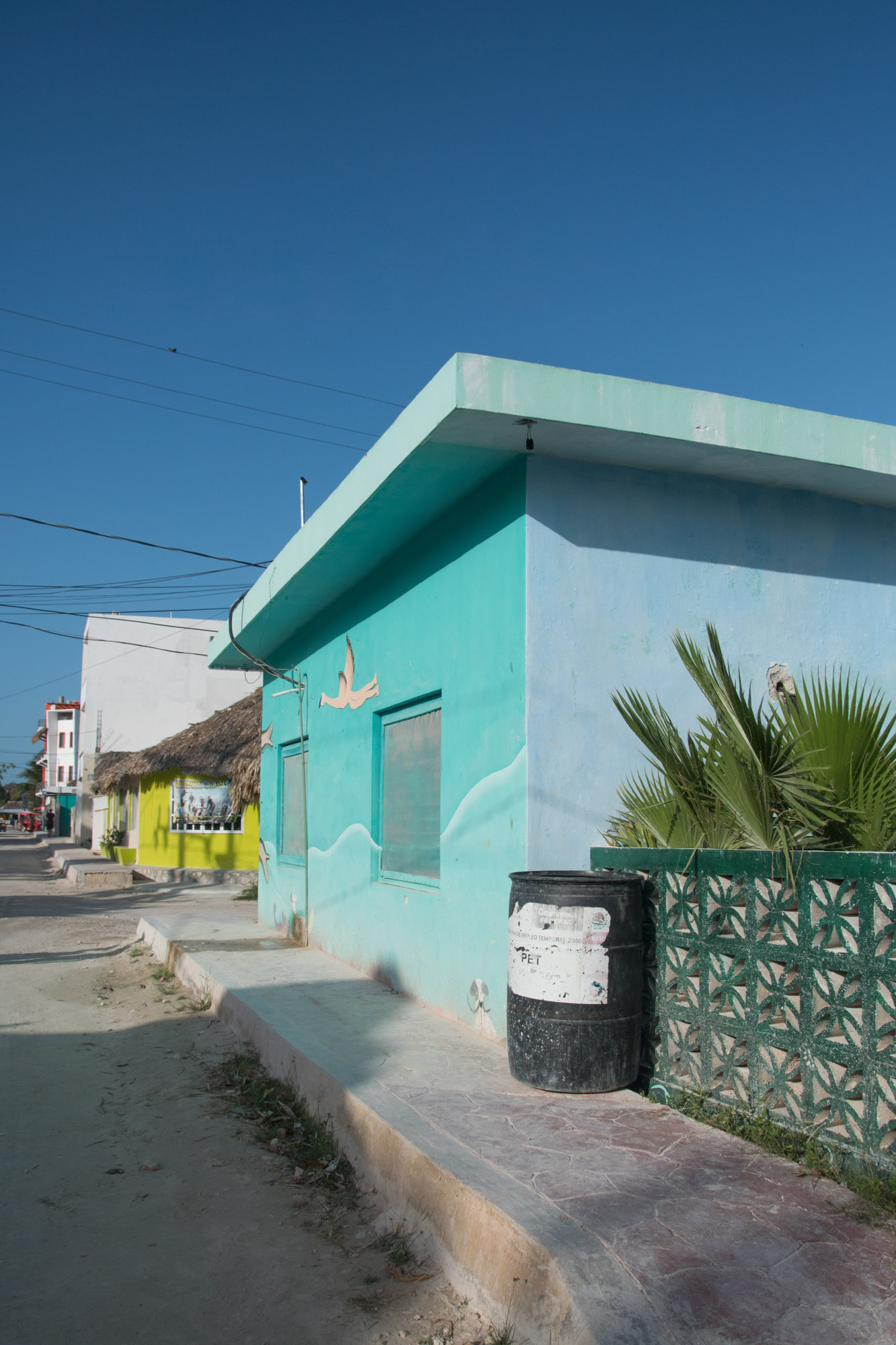 turquoise-holbox-ocean