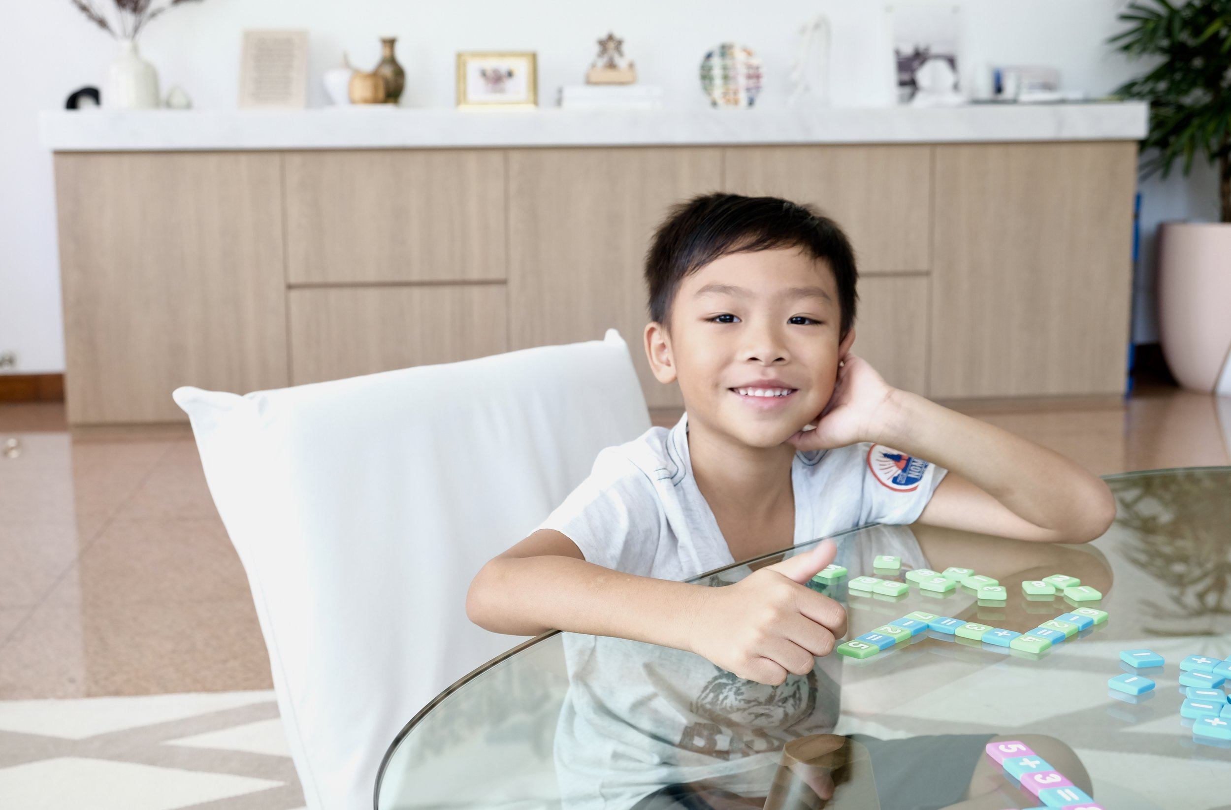Click here to check out a video on how to play  Mobi Kids .