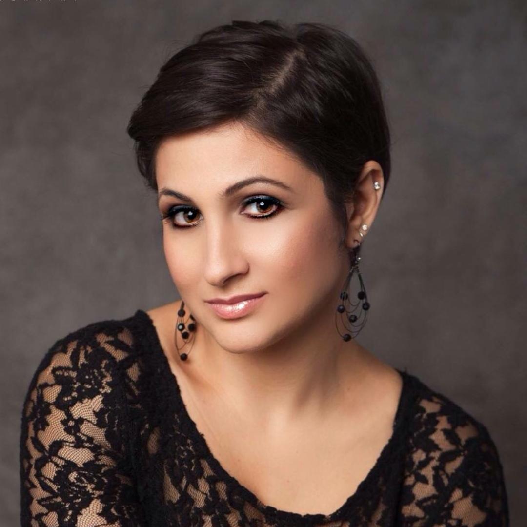 DeeVa Beauty -Makeup Artist - nj (a).jpg