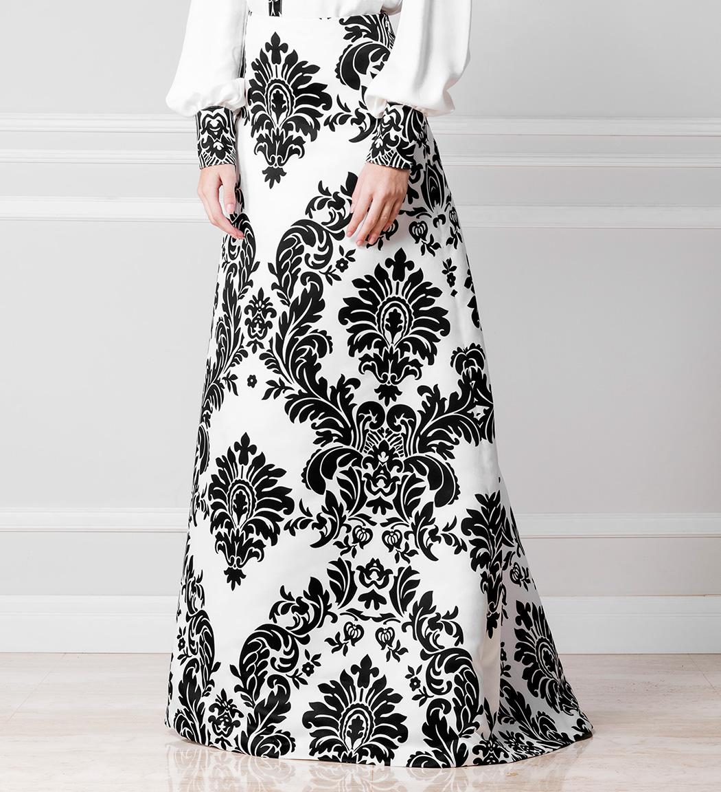 Falda estampada blanco y negro - €230