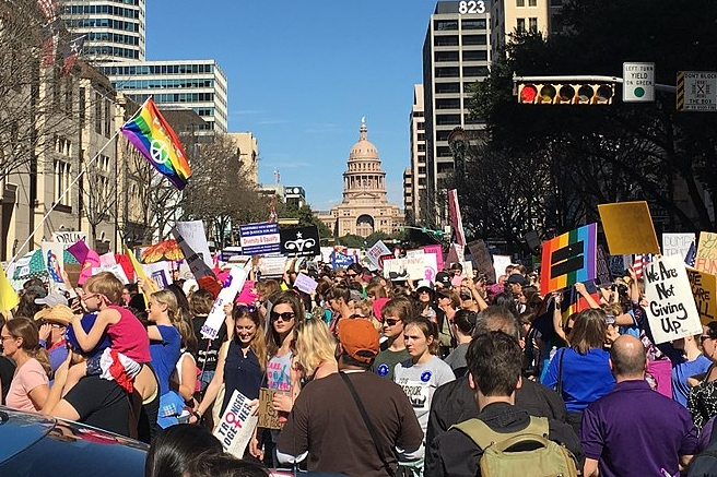 800px-Austin_Women's_March_Street_View_by_Marshall_Walker_Lee_by_tvol_is_licensed_under_CC_BY_2.0.jpg