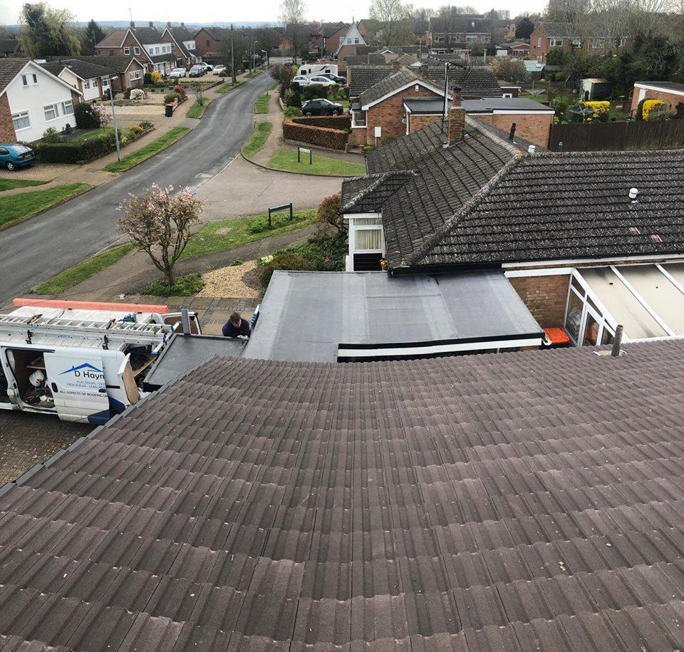 d haynes roofing, milton keynes roof repair, northamptonshire roofer, bedford roofing, roof tile.jpg