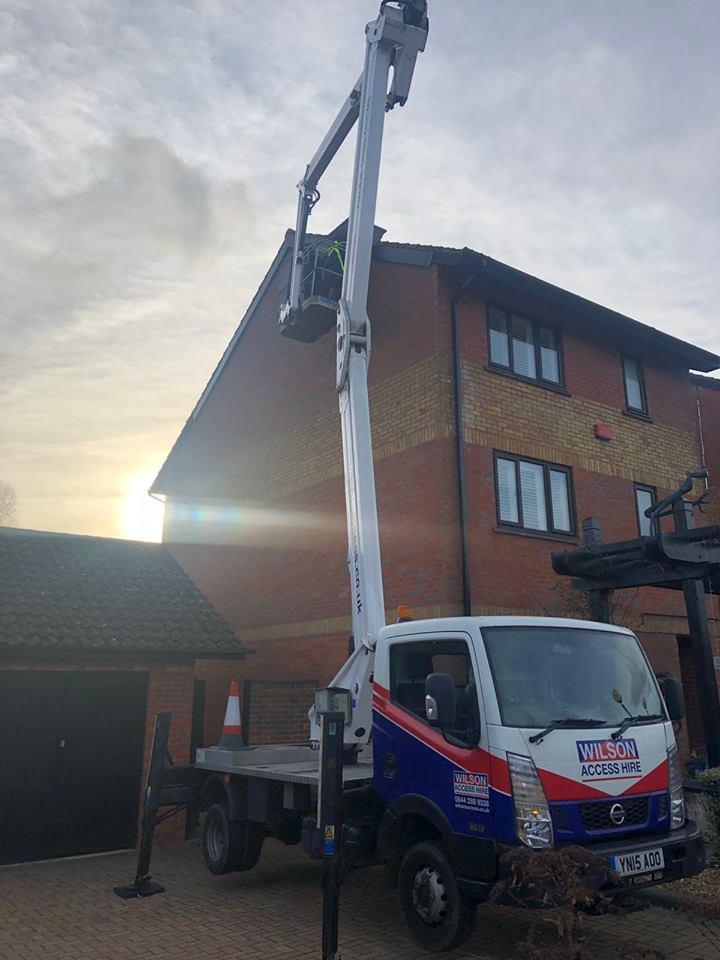d haynes roofing, milton keynes roof repair, northamptonshire roofer, bedford roofing, working at height.jpg