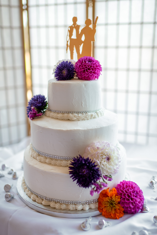 Wedding Cake at Echo Falls Golf Course
