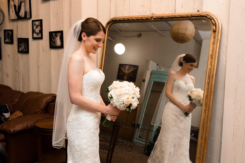 Bridal Portrait at Lake Union Cafe